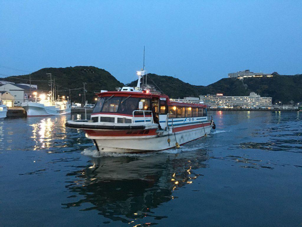ホテル浦島への船 (8)